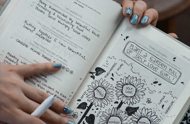 Find Your True Self in Journaling Image